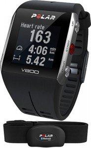 La versione HR del Polar V800 prevede inclusa nella confezione la fascia per la rilevazione della frequenza cardiaca
